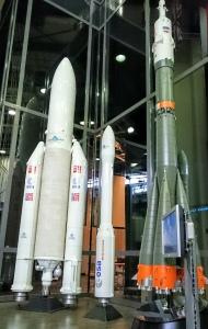 Ariane-V, Vega (Arianespace) och Soyuz (Roscosmos)