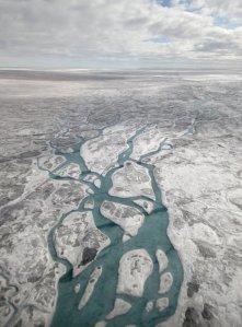 Vatten på glaciären