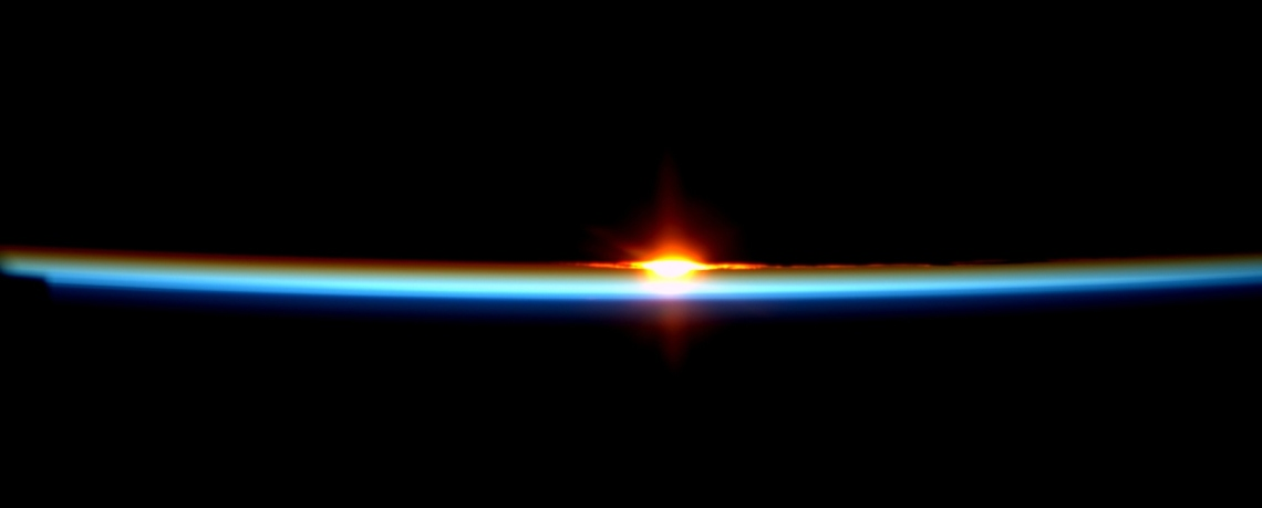 Space_Station_sunrise