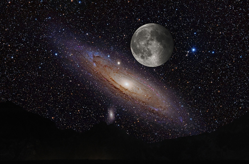 Moon_over_Andromeda